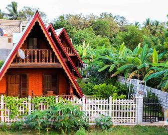 Yoho D Family Resort - Anuradhapura