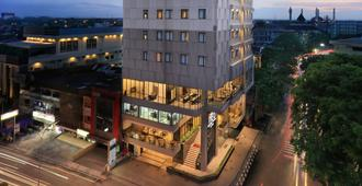 Hotel Neo Gajah Mada Pontianak By Aston - Pontianak