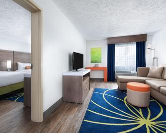 Hotel Indigo Cleveland-Beachwood - Beachwood - Wohnzimmer