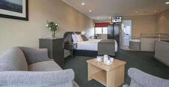 Cornwall Motor Lodge - Palmerston North - Bedroom