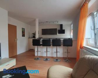 Anni's Waldblick - Burgstädt - Sala de estar