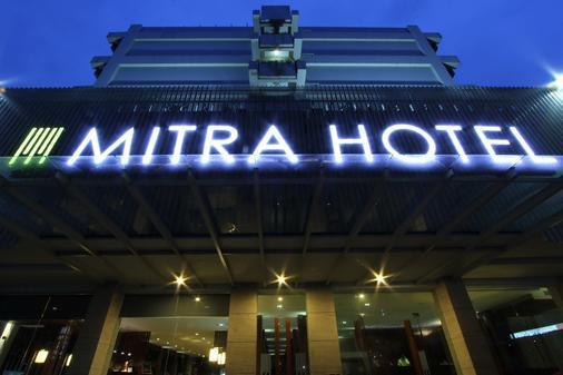 Mitra Hotel Bandung - Bandung - Toà nhà