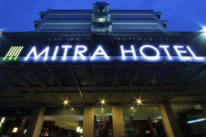 Mitra Hotel Bandung - Bandung - Building