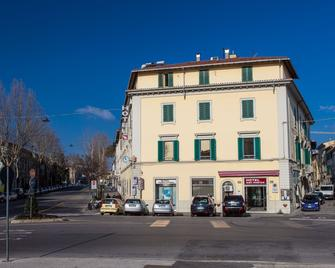 Hotel San Marco - Prato - Gebouw