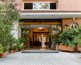 Forest Park Hotel - Platres - Gebouw