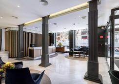 DoubleTree by Hilton Madrid-Prado - Madrid - Lobby