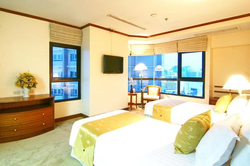 Grand Diamond Suites Hotel - Bangkok - Bedroom