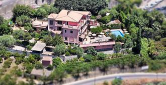 Hotel Villa Sirina - Taormina - Edificio