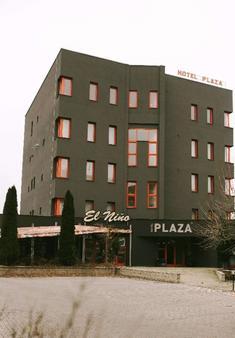 Hotel Plaza - Mladá Boleslav - Building