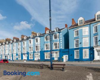 No 46 Marine Terrace - Aberystwyth - Gebouw