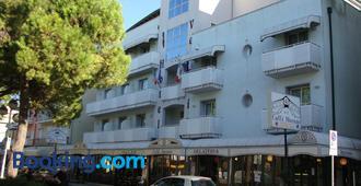 Hotel Venezia - Caorle - Rakennus