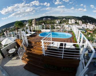 Charrua Hotel - Santa Cruz do Sul - Басейн