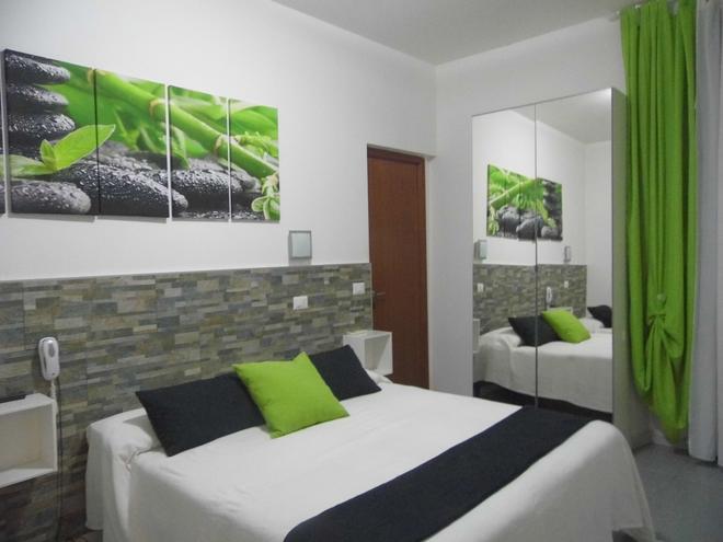 Hotel Birillo - La Spezia - Bedroom