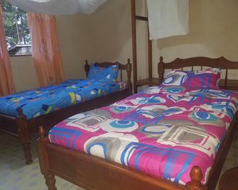 Triple Eden Naivasha Hotel - Naivasha - Slaapkamer