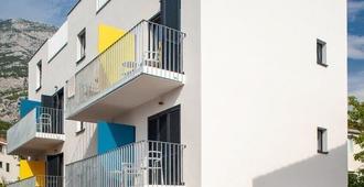 Subtub Hostel Makarska - Makarska - Edificio