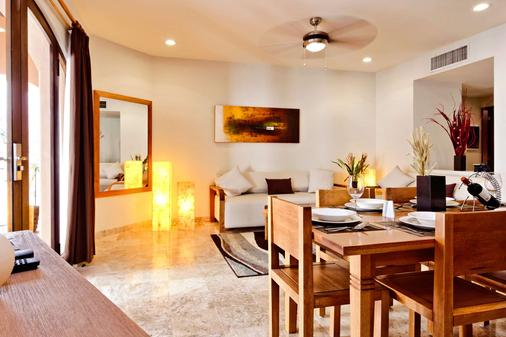 Acanto Playa del Carmen, Trademark Collection by Wyndham - Playa del Carmen - Dining room