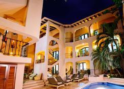 Acanto Playa del Carmen, Trademark Collection by Wyndham - Playa del Carmen - Building