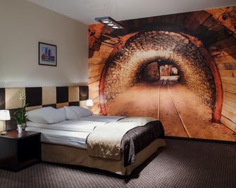 Boutique Hotels - Bytom - Bedroom