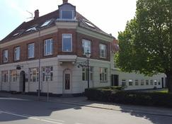 Sverre's Hotel - Rønne - Building