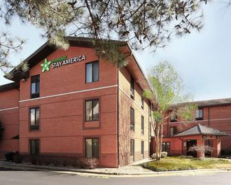 Extended Stay America - Raleigh - Cary - Regency Parkway South - Cary - Building