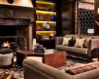 Renaissance Tuscany Il Ciocco Resort and Spa - Barga - Lounge