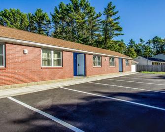 Rodeway Inn Middleboro-Plymouth - Middleboro - Edificio