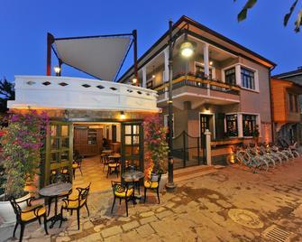 Petrino Gokceada Hotel & Kitchen - Gökçeada - Gebäude