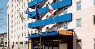 Hotelf1 Paris Saint Ouen Marché Aux Puces - Parijs - Gebouw