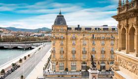 Hotel Maria Cristina, a Luxury Collection Hotel - Donostia-San Sebastián - Gebäude