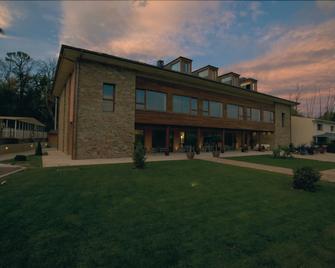 Hotel Rural De Floriana - Molinaseca - Building
