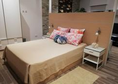 Three Cities Apartments - Cospicua - Bedroom