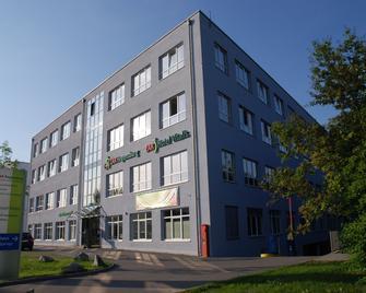 Zar-Hotel Vitalis - Regensburg - Building