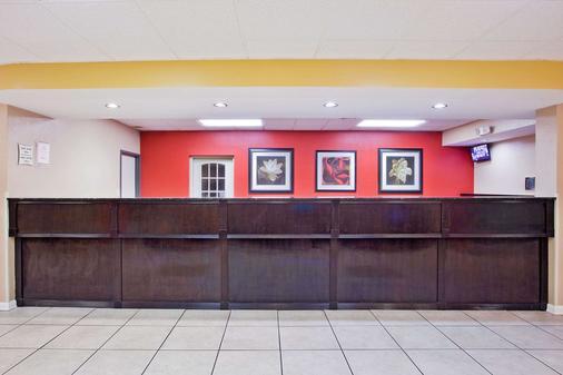 孟菲斯機場/格雷斯蘭區拉昆塔套房酒店 - 曼菲斯 - 孟菲斯 - 櫃檯