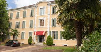 The Originals Boutique, Villa Montpensier, Pau (Inter-Hotel) - Pau - Bygning
