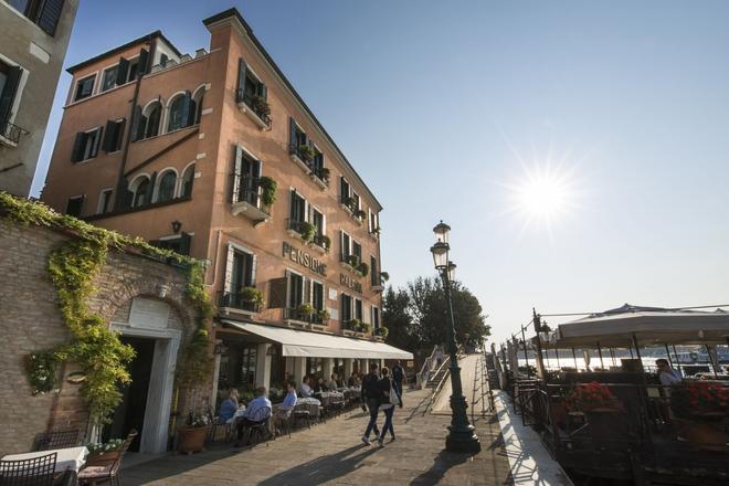 Hotel La Calcina - Venice - Building