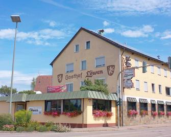 Hotel-Restaurant & Gästehaus Löwen - Süssen - Edificio