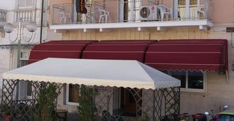 Hotel Dolly - Viareggio - Edifício