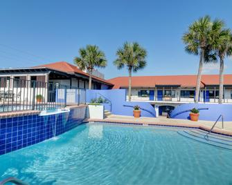 Beachside Inn - Destin - Pool