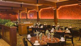 庫克船長酒店 - 安克拉治 - 安克雷奇 - 餐廳