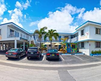 Beach Rooms Inn - Hollywood Beach - Голлівуд - Building