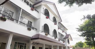 Morning Dew Lodge - Chiang Rai - Building