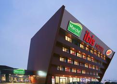 โรงแรมไอบิส เวียนนา แอร์พอร์ต - ชเวแชท - อาคาร