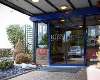 Kyriad Beaune - Бон - Building