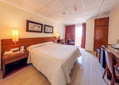 Hotel Masa International - Torrevieja - Schlafzimmer