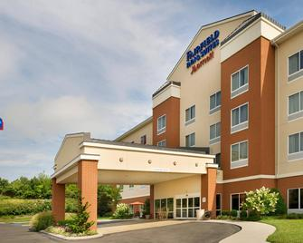 Fairfield Inn & Suites by Marriott Cleveland - Cleveland - Building