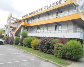 Hôtel Premiere Classe Grenoble Sud - Gières Université - Ж'єр - Building