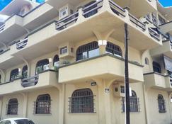 Solimar Inn Suites - Zihuatanejo - Building