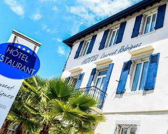 Hotel Laurent Rodriguez - Cambo-les-Bains - Gebäude