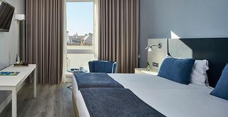 Hotel Faro & Beach Club - Faro - Habitación