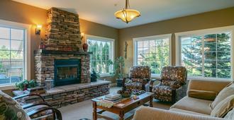 Granite Hills Inn - Leavenworth - Living room